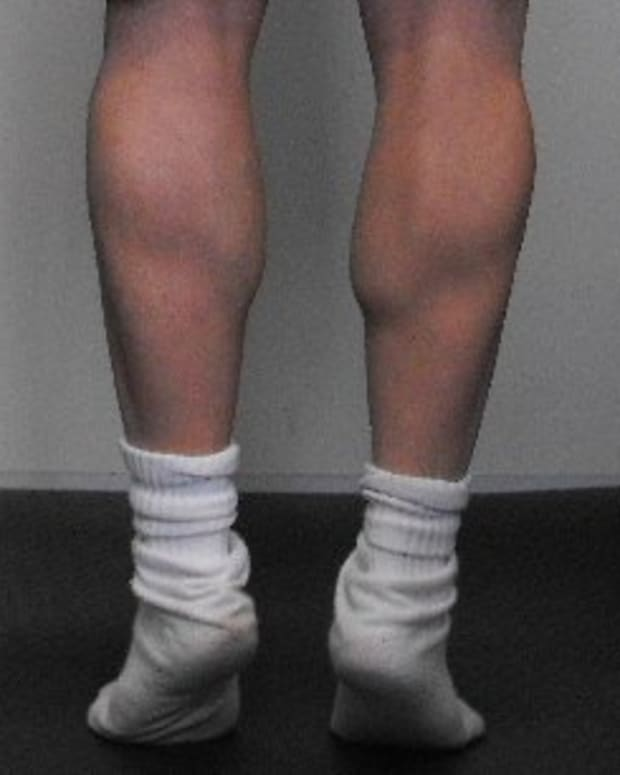 bigger-calf-muscles-exercises-to-build-large-rock-hard-calves-without-weights