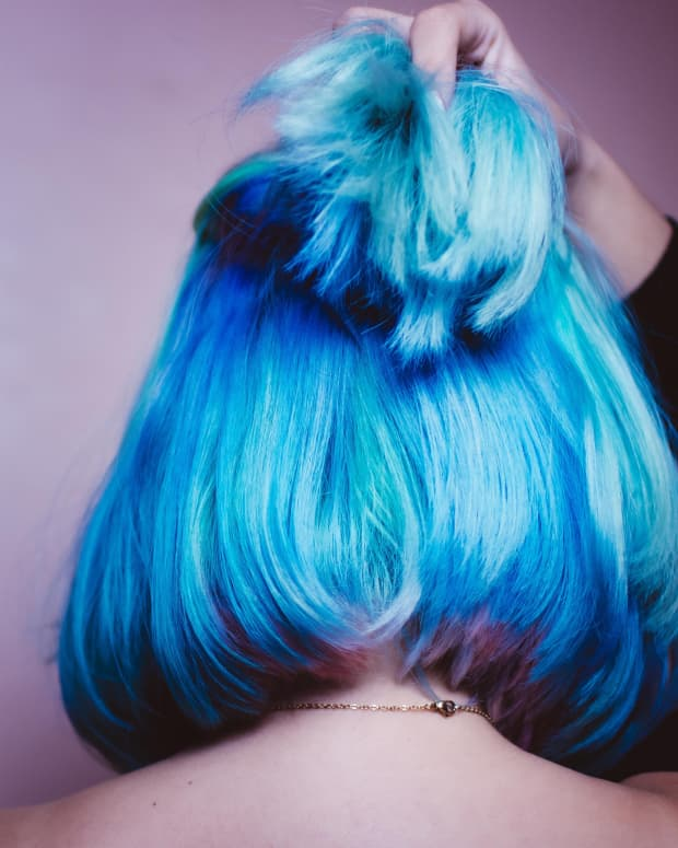 kool-aid-hair-dye-how-to-color-hair-cheaply-and-effectively