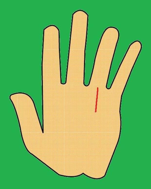 wealthy-successful-hands-in-palmistry