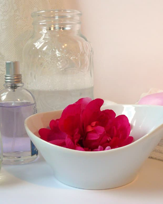 easy-homemade-perfume-recipes-for-women