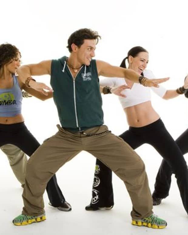 what-zumba-is-why-you-should-learn-how-to-dance-it-and-why-it-works