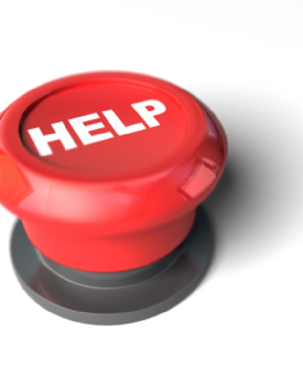 small-business-help-knowing-when-to-call-in-a-professional