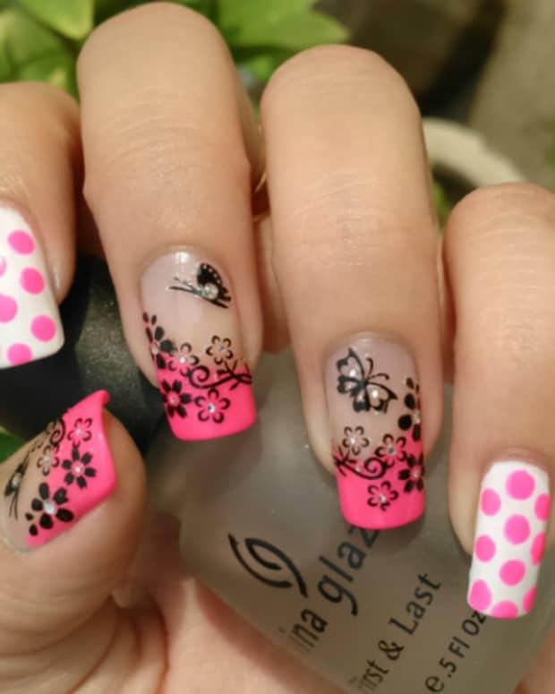latest-valentine-days-nail-art-ideas