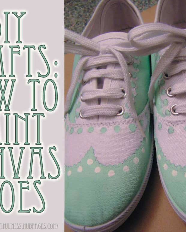 diy-crafts-painted-canvas-shoes