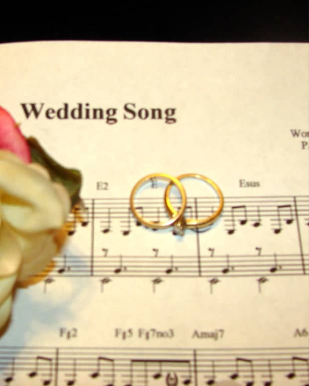 choosing-the-right-music-for-your-wedding-and-reception