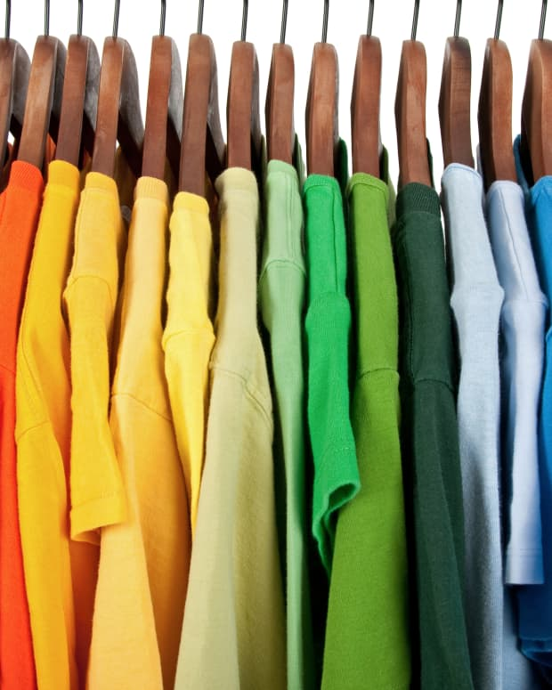 t-shirt-weight-what-does-it-mean-for-custom-t-shirt-printing