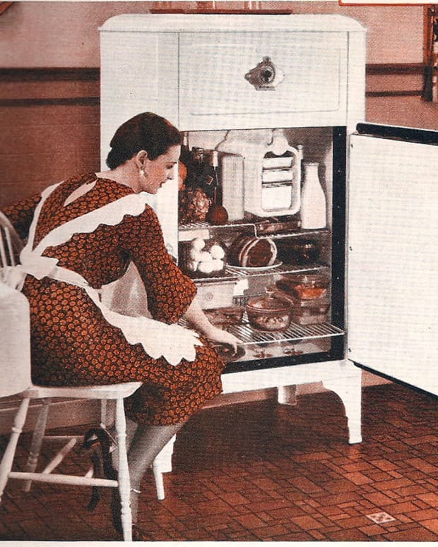 vintage-kitchen-appliances-of-1932