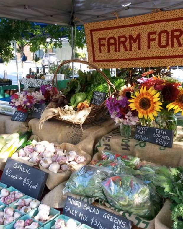 ___-tips-for-creating-a-successful-farmers-market-stand