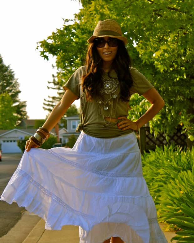 what-to-wear-with-a-maxi-skirt