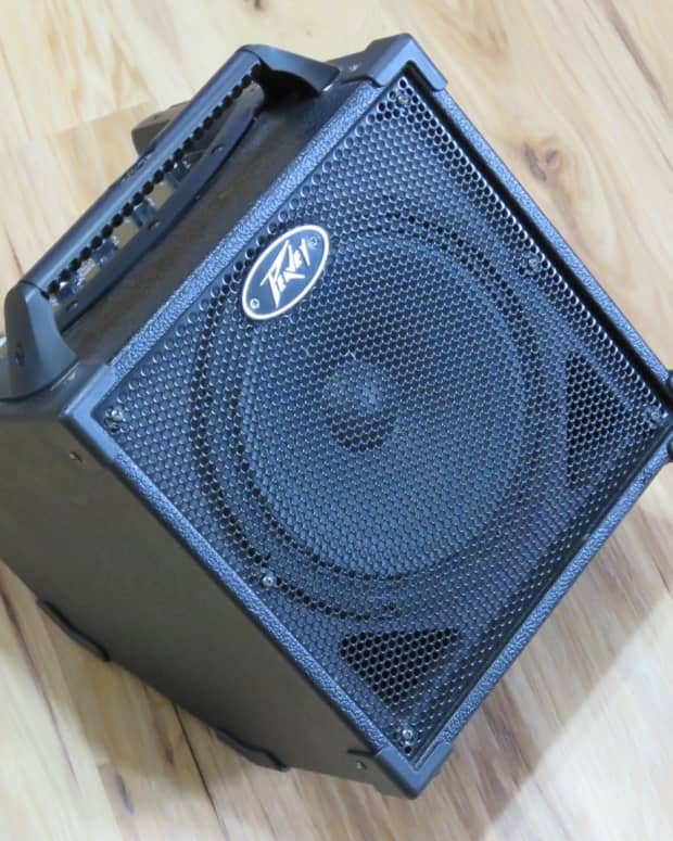 peavey-nano-vypyr-battery-powered-guitar-amp-review