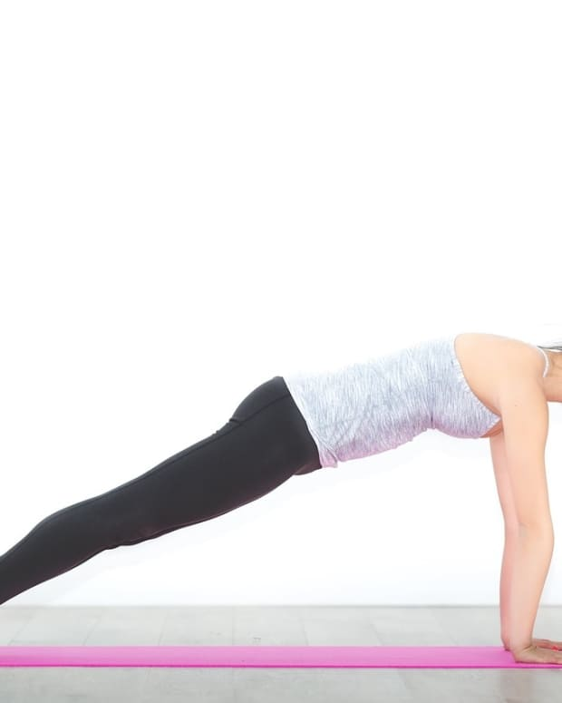use-yoga-to-strengthen-your-arms