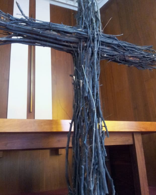 decorating-the-altar-and-sanctuary-for-lent-and-easter