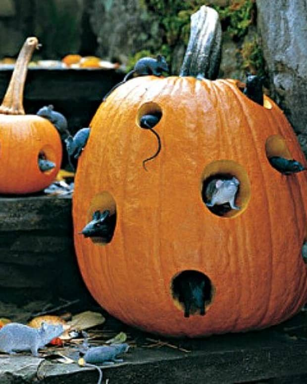 best-outdoor-halloween-crafts