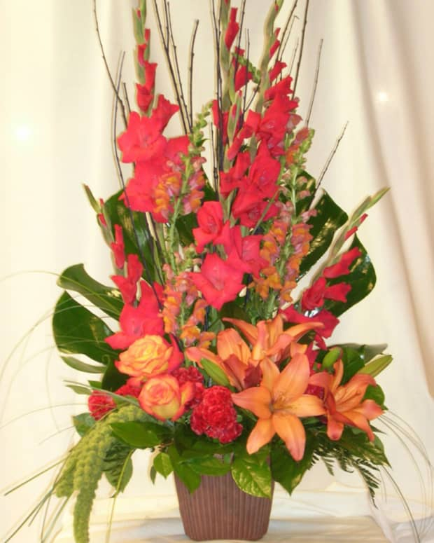 stretch-your-wedding-flower-budget