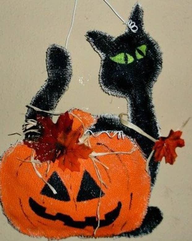 halloween-burlap-door-hanger-3