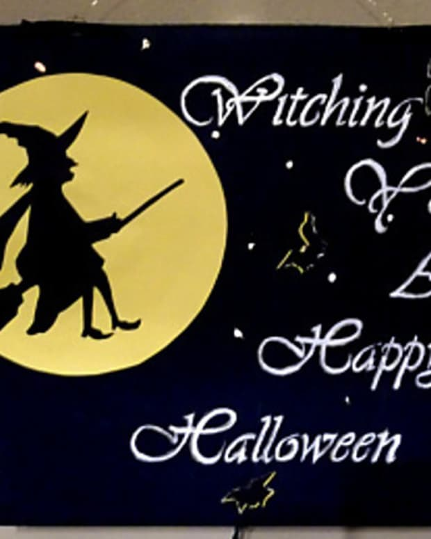 witch-greeting-witching-you-a-happy-halloween