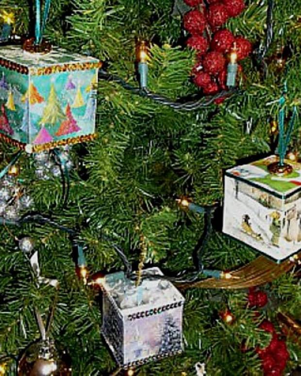 christmas-cube-ornament