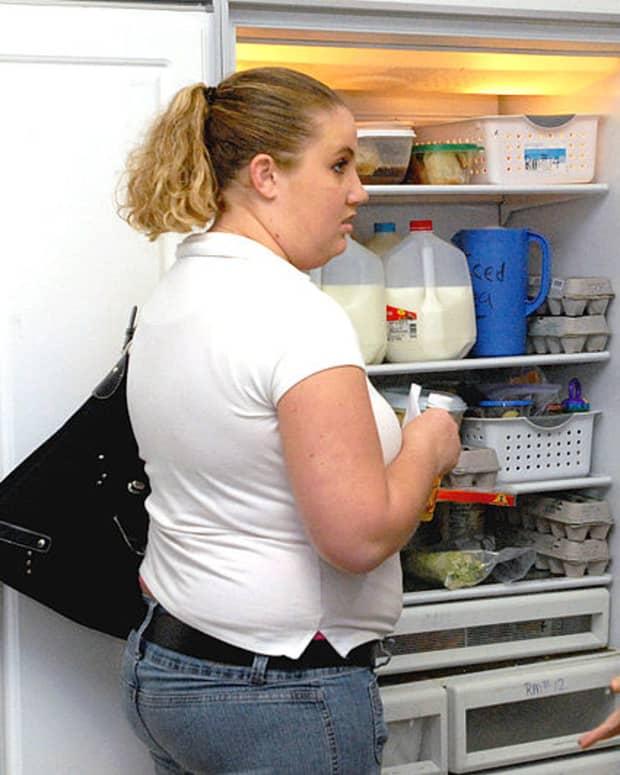 leave-the-fridge-door-open-or-open-and-shut-multiple-times