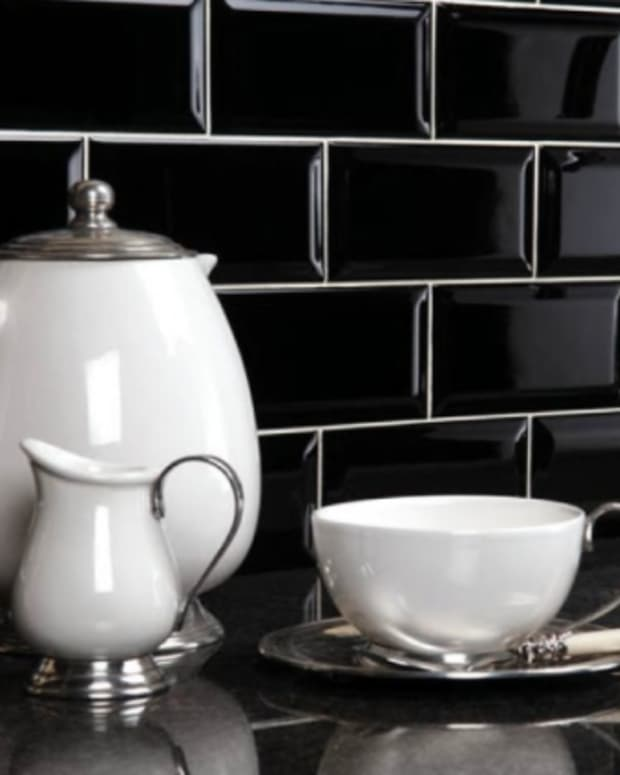 how-to-clean-high-gloss-tiles-clean-glossy-kitchen-tiles-without-streaks-and-without-buying-lots-of-products