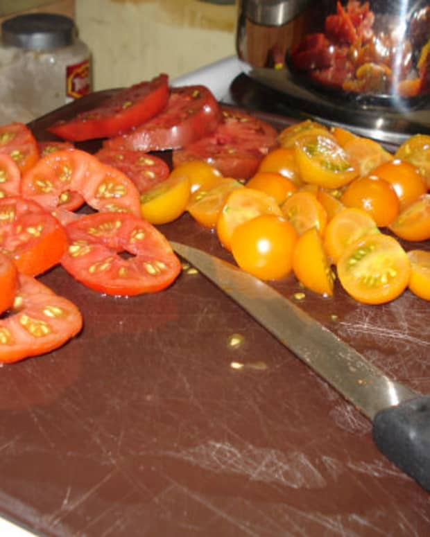 10-awesome-heirloom-tomatoes-for-the-newbie-veggie-gardener