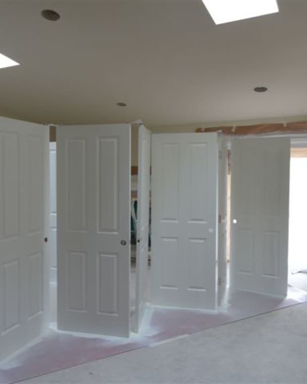 tips-for-spray-painting-interior-doors