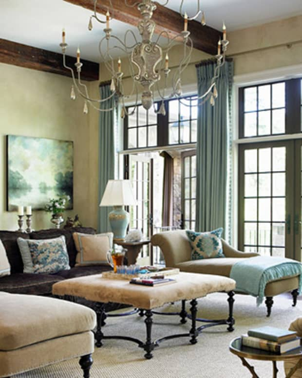 traditional-design-home-furnishings-and-accessories