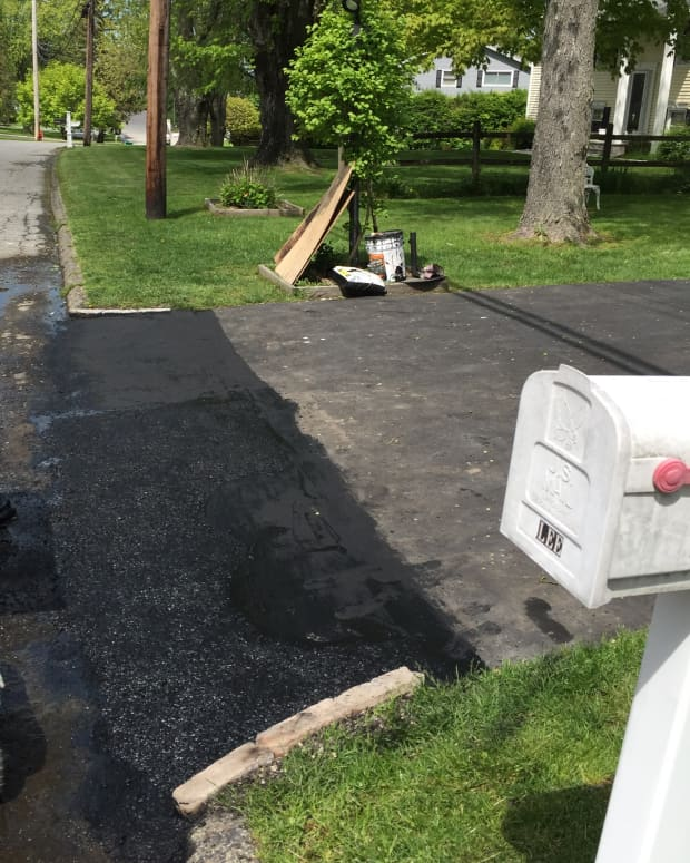 how-to-repair-a-cracked-driveway