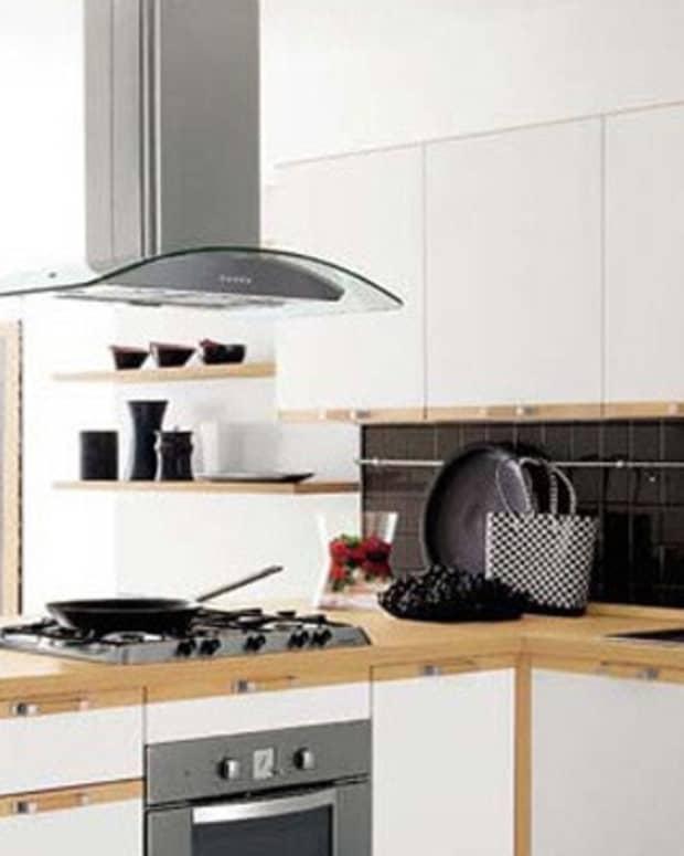 choosing-a-kickin-kitchen-range-hood