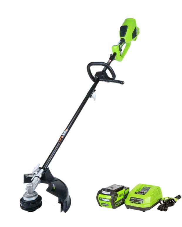 our-personal-review-of-the-greenworks-12-40v-cordless-string-trimmer-the-good-and-the-bad