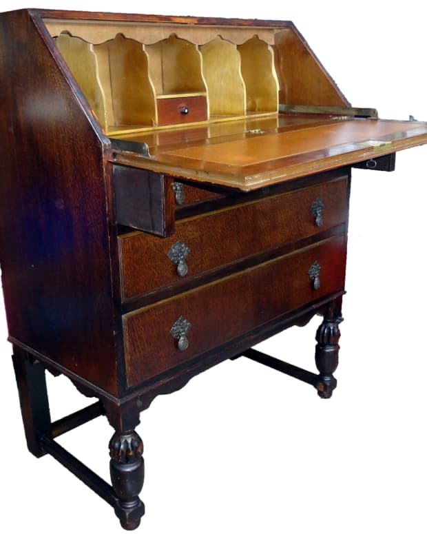 renovating-a-writing-desk-bureau-to-retain-patina
