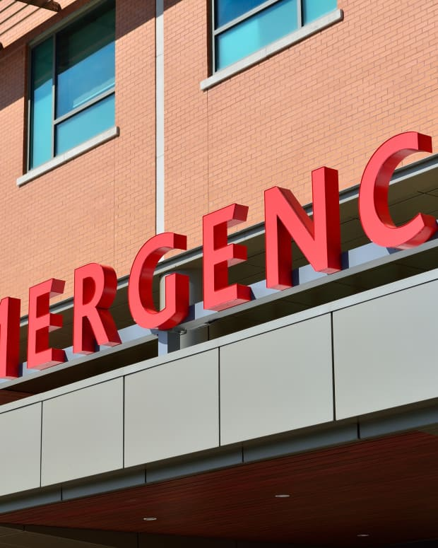 how-to-stay-out-of-the-emergency-room-when-using-medical-marijuana