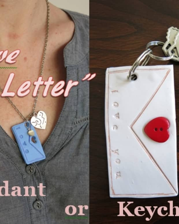 diy-jewelry-tutorial-love-letter-polymer-clay-pendant-or-keychain