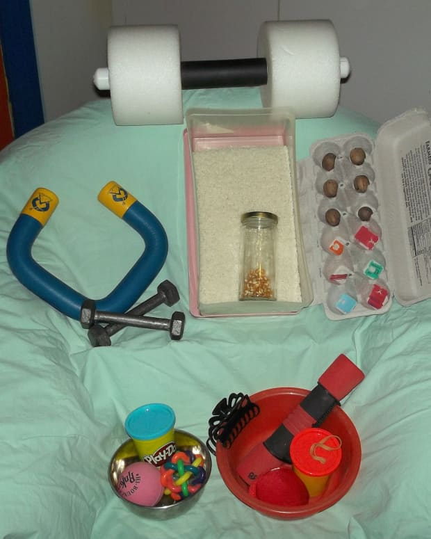 diy-physical-therapy-ideas-for-my-broken-wrist