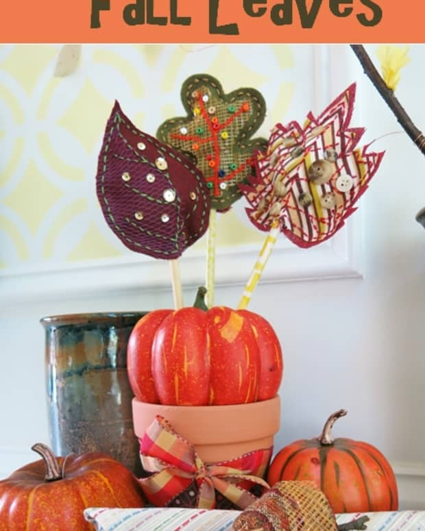 diy-craft-tutorial-scrap-fabric-fall-autumn-leaves-table-decoration-and-napkin-ring