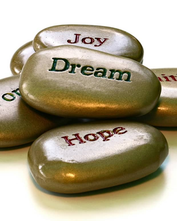 daily-devotions-keeping-hope-alive