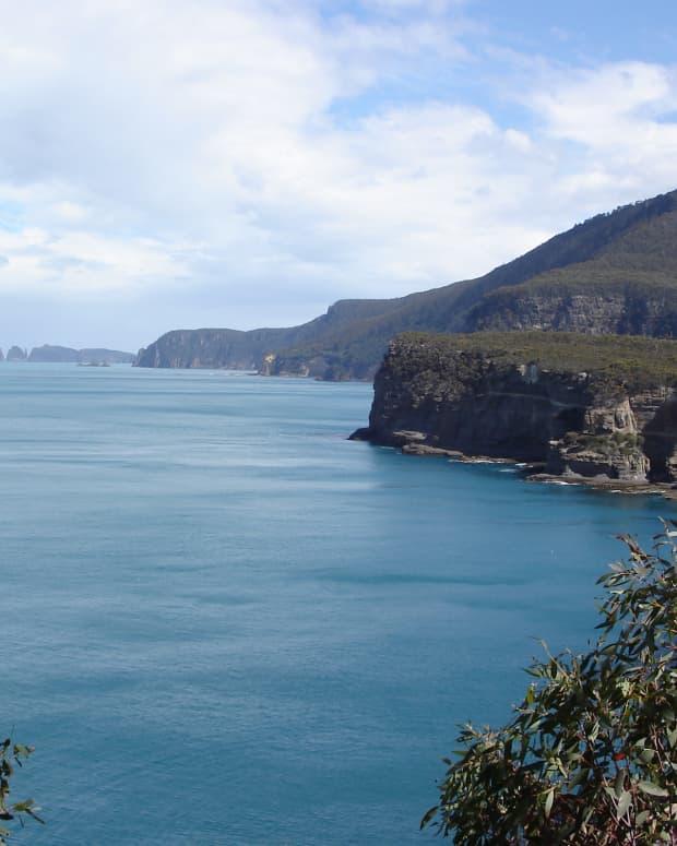 touring-tasmania-australia