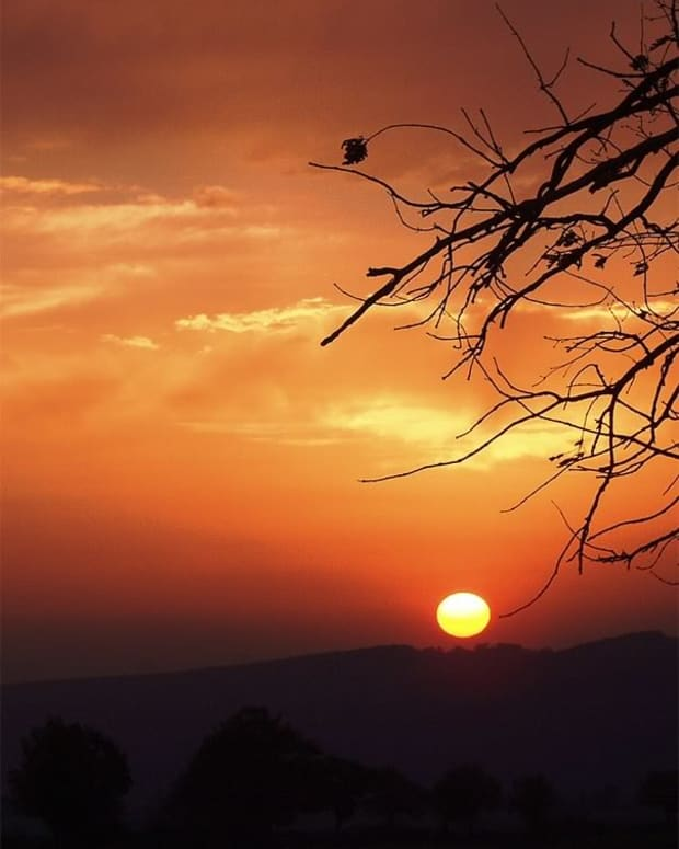 fire-in-the-sky-a-collection-of-nature-poetry-inspired-by-sunrises-and-sunsets