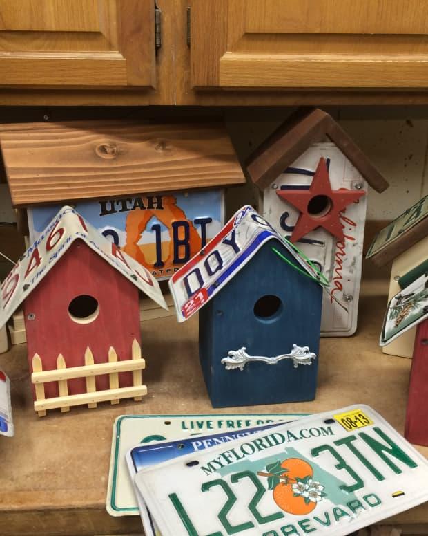 license-plate-birdhouse-plans