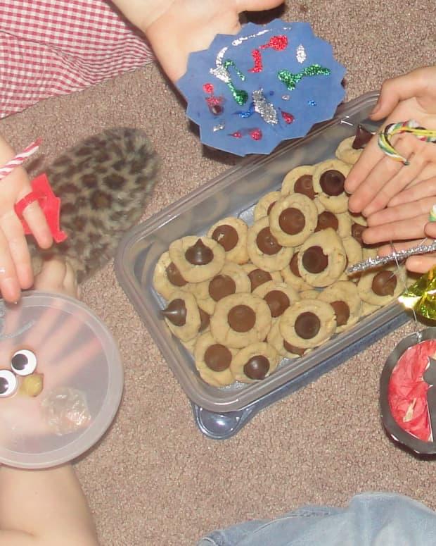 christmas-traditions-for-kids