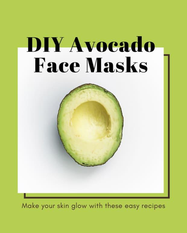 avocado-mask-for-glowing-skin