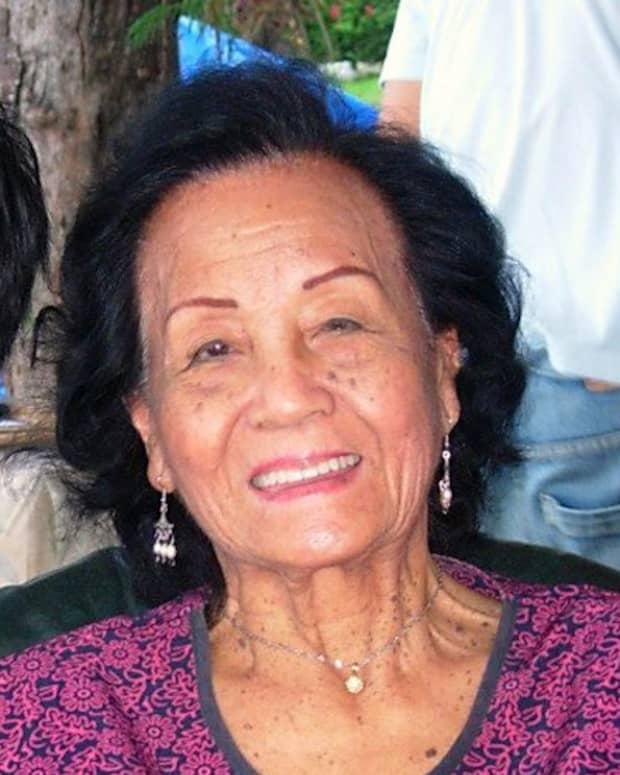 Edith L. Tiempo