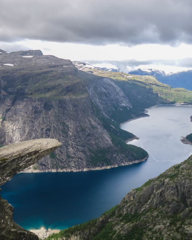 hiking-trolltunga-pulpit-rock-and-kjeragbolten-in-5-days