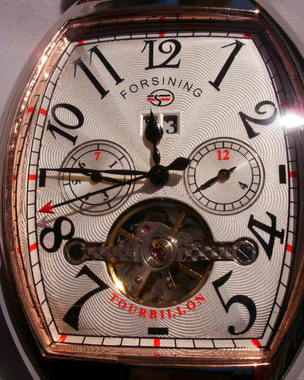 reveiw-of-the-forsining-mens-automatic-u0w7a597-wristwatch-with-date-month-display
