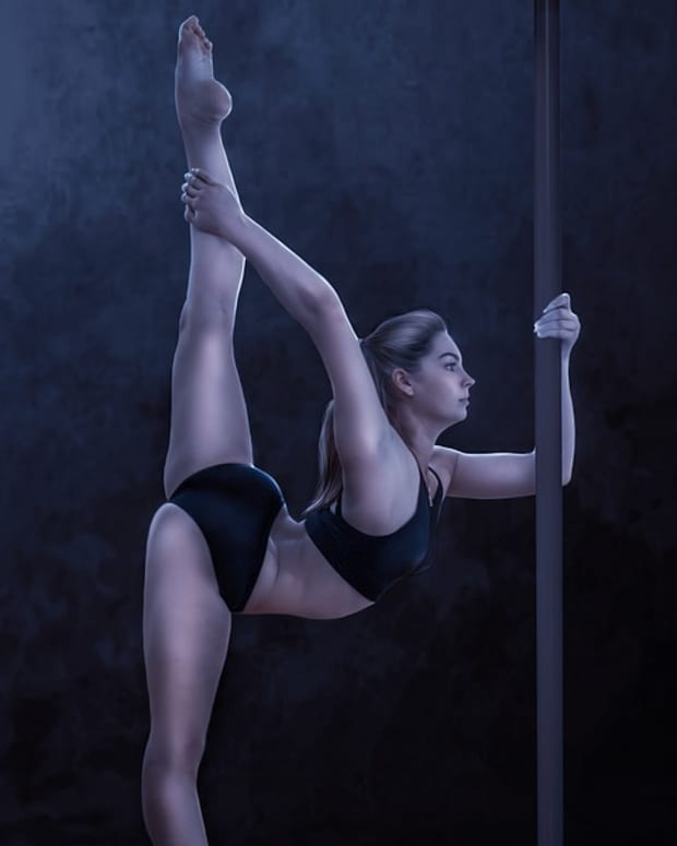 top-6-unexpected-benefits-of-pole-dance-fitness
