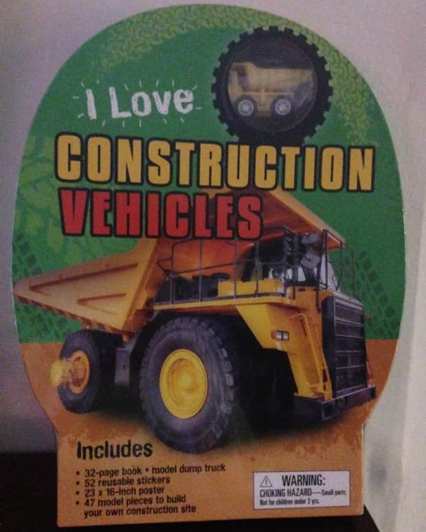 i-love-construction-vehicles-book-and-accessories-for-your-young-builders