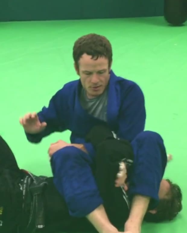 how-to-finish-the-armbar-the-rnc-defense-grip-break-bjj