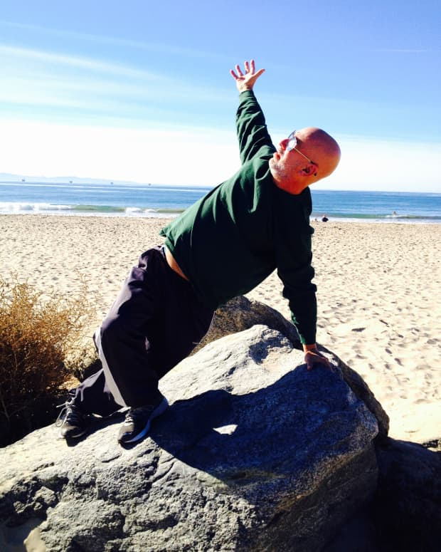 three-similarities-between-practicing-yoga-and-writing-poetry