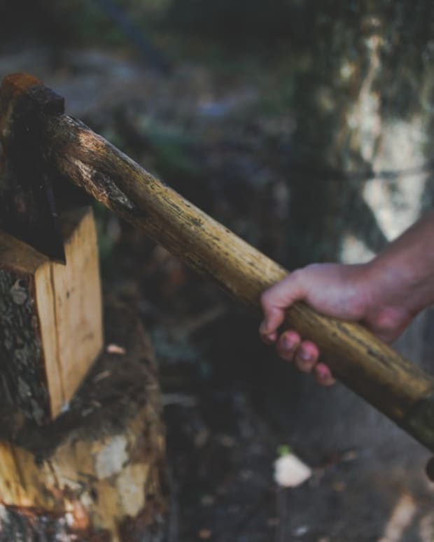 five-critical-traits-for-your-camp-axe