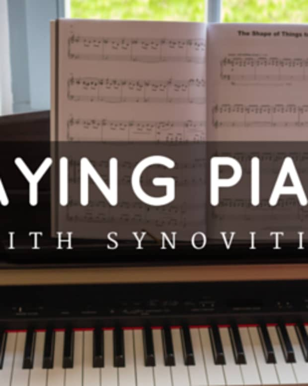 playing-piano-with-synovitis