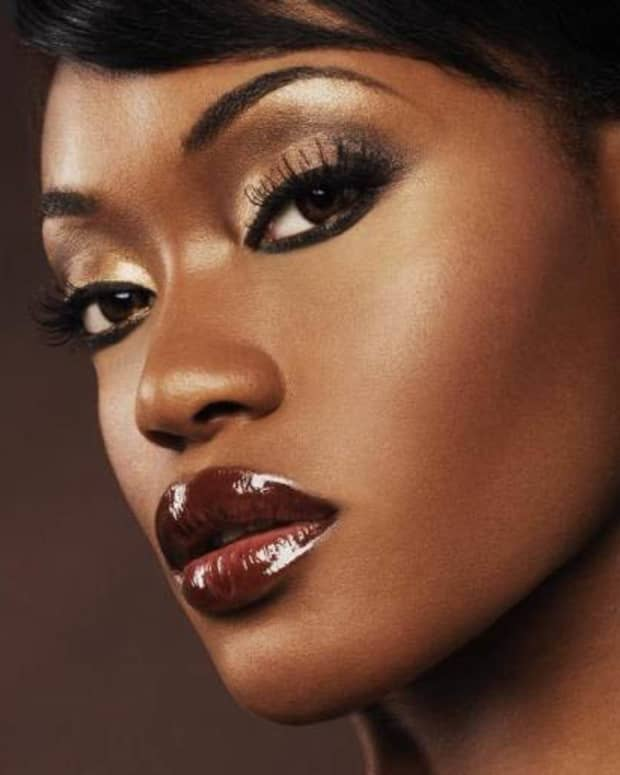 things-you-might-not-consider-before-selling-cosmetics